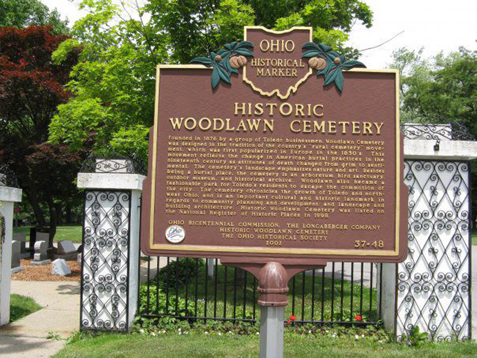 Woodlawn Cemetery Memorial Day