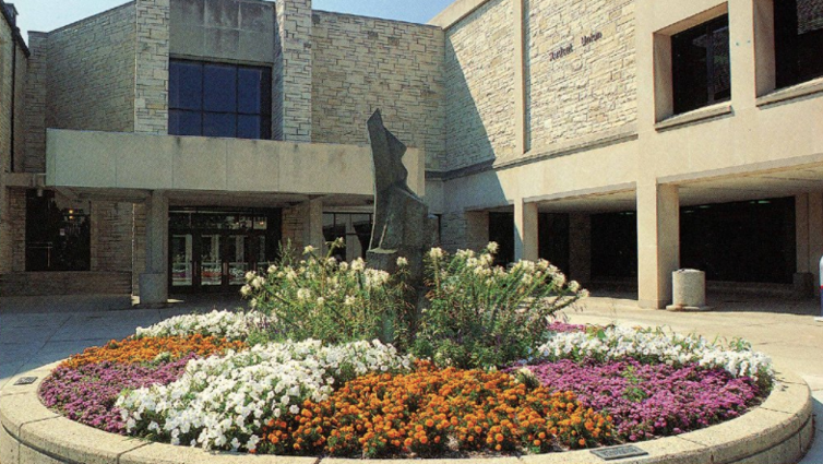 University of Toledo Flower Bed