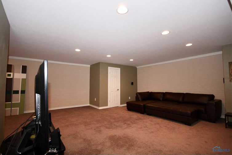 Homes in the Toledo Area Perfect For Hosting a Super Bowl Party