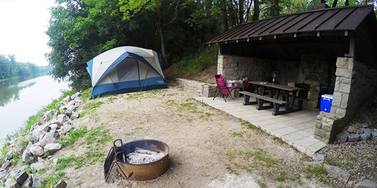 Camping on the Maumee River