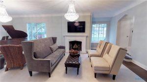 3922-w-bancroft-living-room
