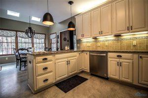 5206-kings-run-kitchen