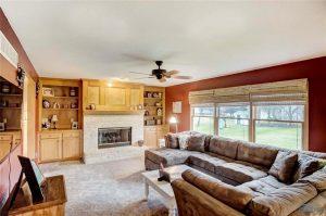 29337-lindsay-living-room