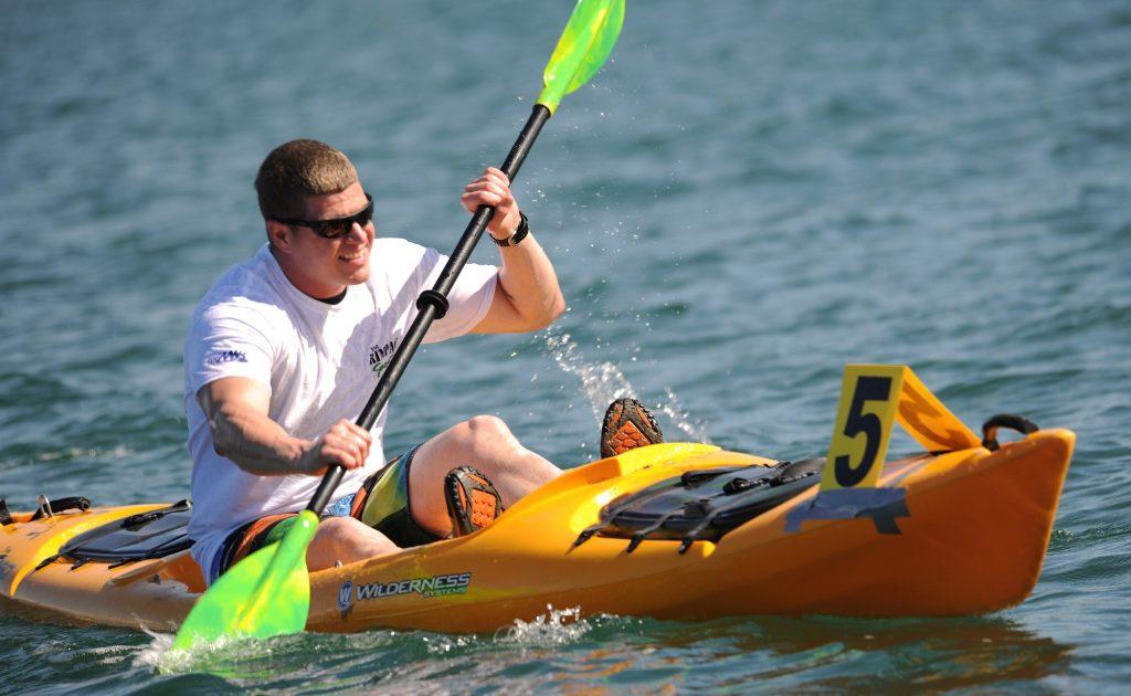 boat-hands-kayak-40859-1