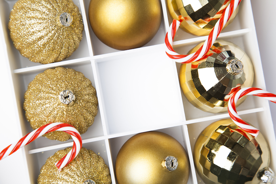 How to Organize Holiday Decor