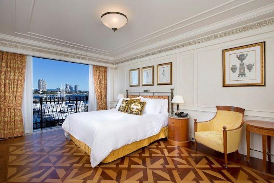 palazzo vesace gold hotel