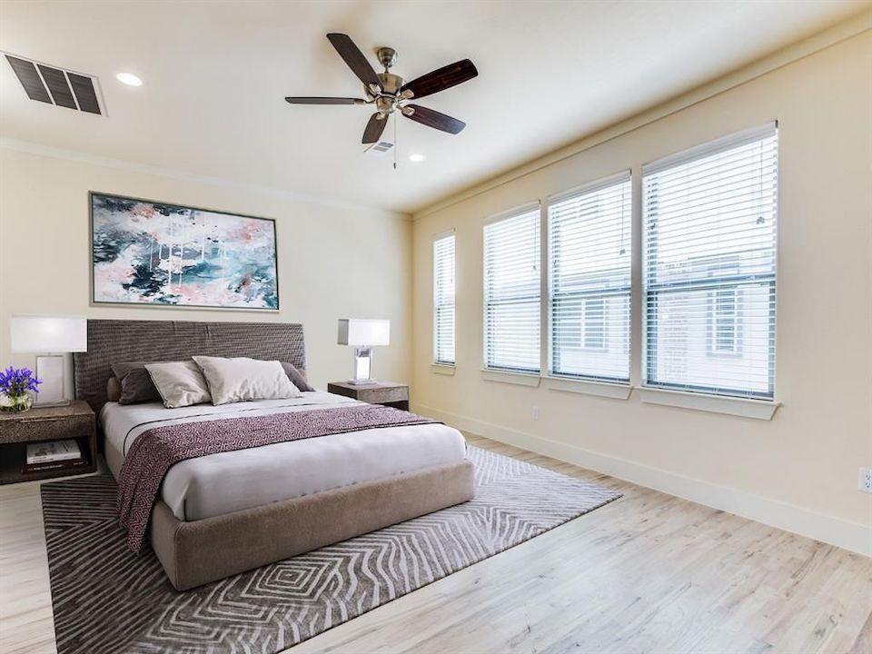 4316 Hartford Street #9 Room Low Res