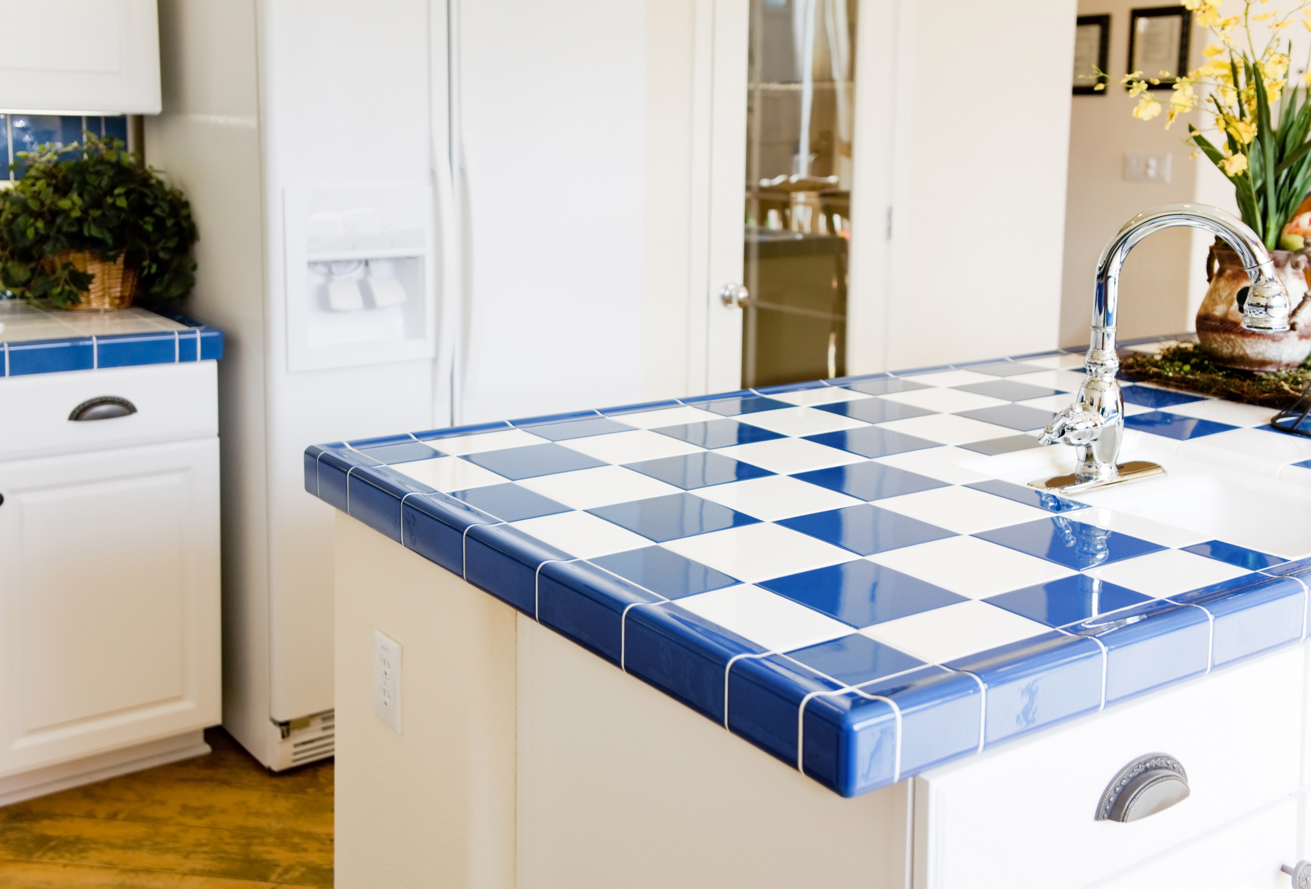Which kitchen countertop is right for you tile kitchen countertop dailygadgetfo Images