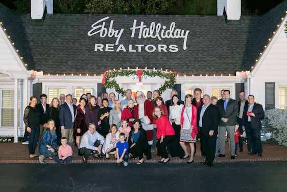 Ebby's Little White House Lights Up for the Holidays