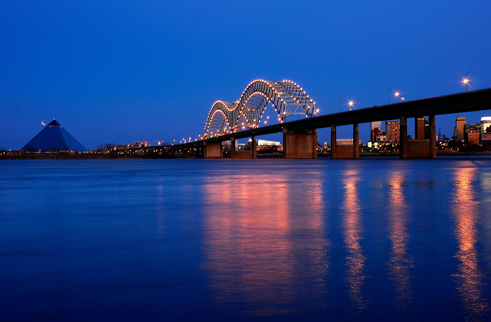 Twilight shot of the bridging leading into Memphis over the Mississippi River