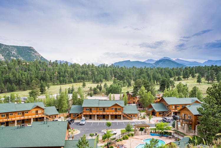 Fall River Village Estes Park vacation homes rentals lodges cabins cottages