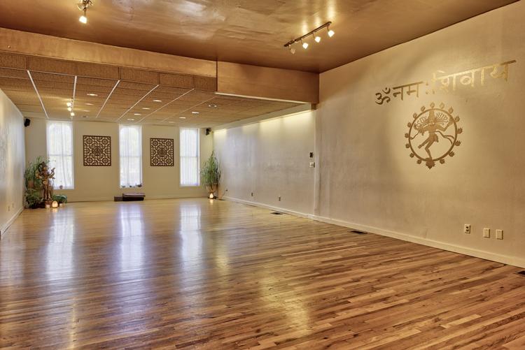 Om Ananda Yoga Fort Collins, CO