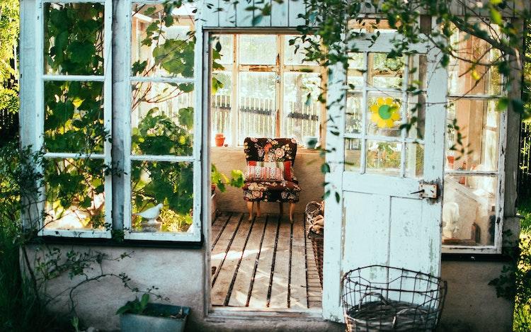 Spring Home Decor Trends   Cottagecore