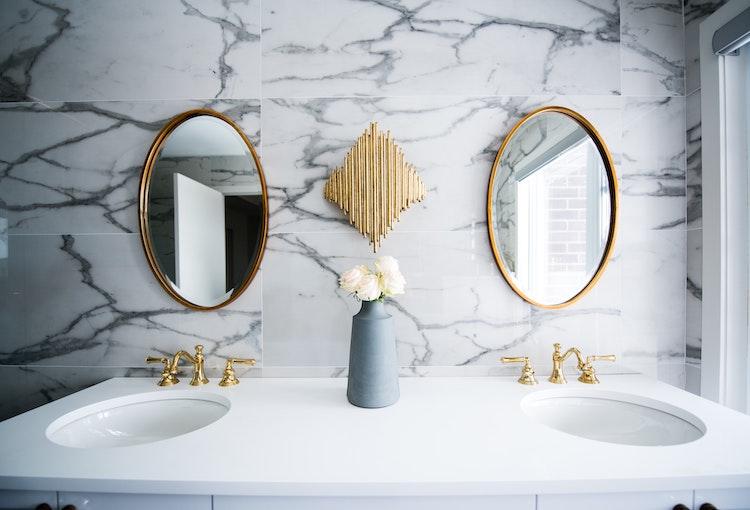 2021 Interior Design Trends | Gold Fixtures