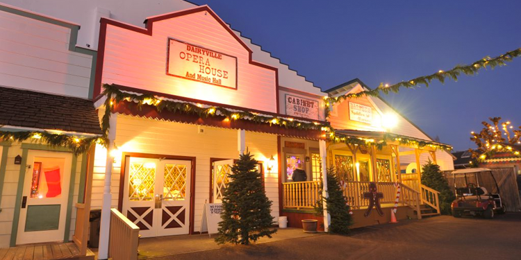 CHRISTMAS IN DAIRYVILLE
