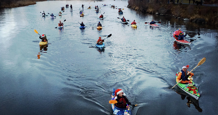Christmas Lights Kayak Paddle in Bend