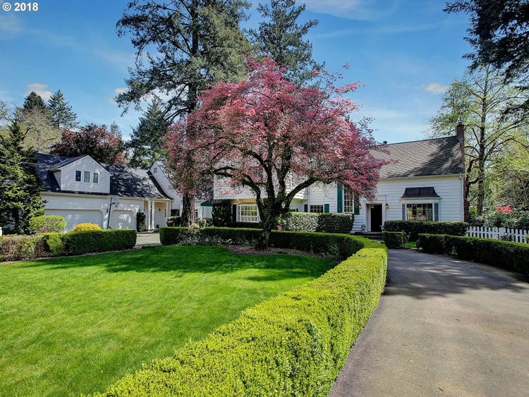 17512 Lake Haven Drive, Lake Oswego, OR 97035