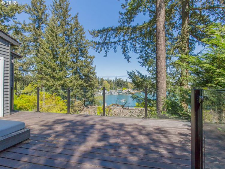 629 Middlecrest Road, Lake Oswego, OR 97034