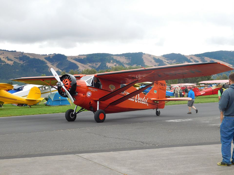 Annual Hood River Fly-In