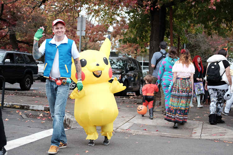 Downtown Milwaukie Trick-or-Treating