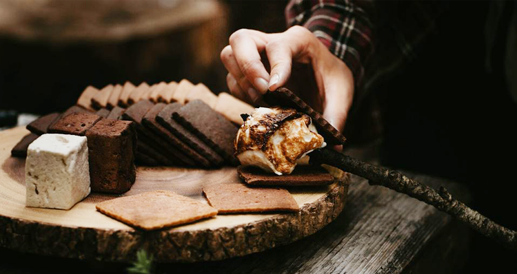 Indulge in Delicious S'mores Indoors at 1927 S'mores Company in Portland