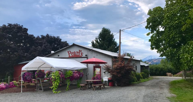 Hood River Fruit Loop Stands Operating During This Time