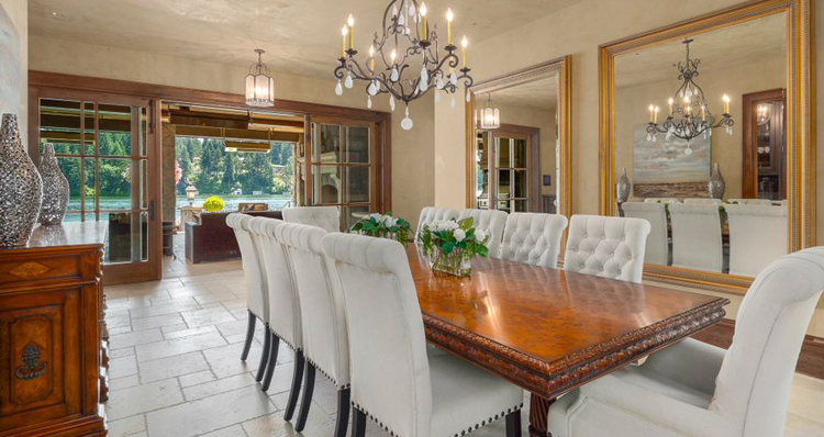 6 Stunning Dining Rooms + Kitchens in Luxurious Lake Oswego Homes for Sale