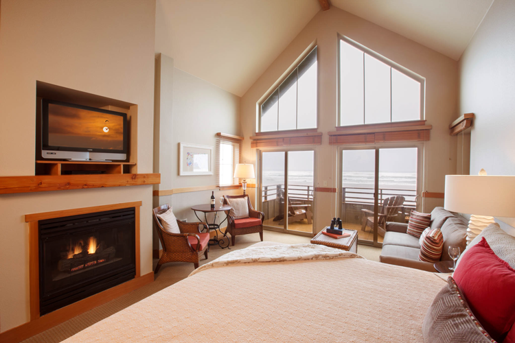 Oceanfront Hotels in Cannon Beach, OR