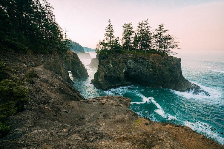 Reasons to Live Along the Oregon Coast