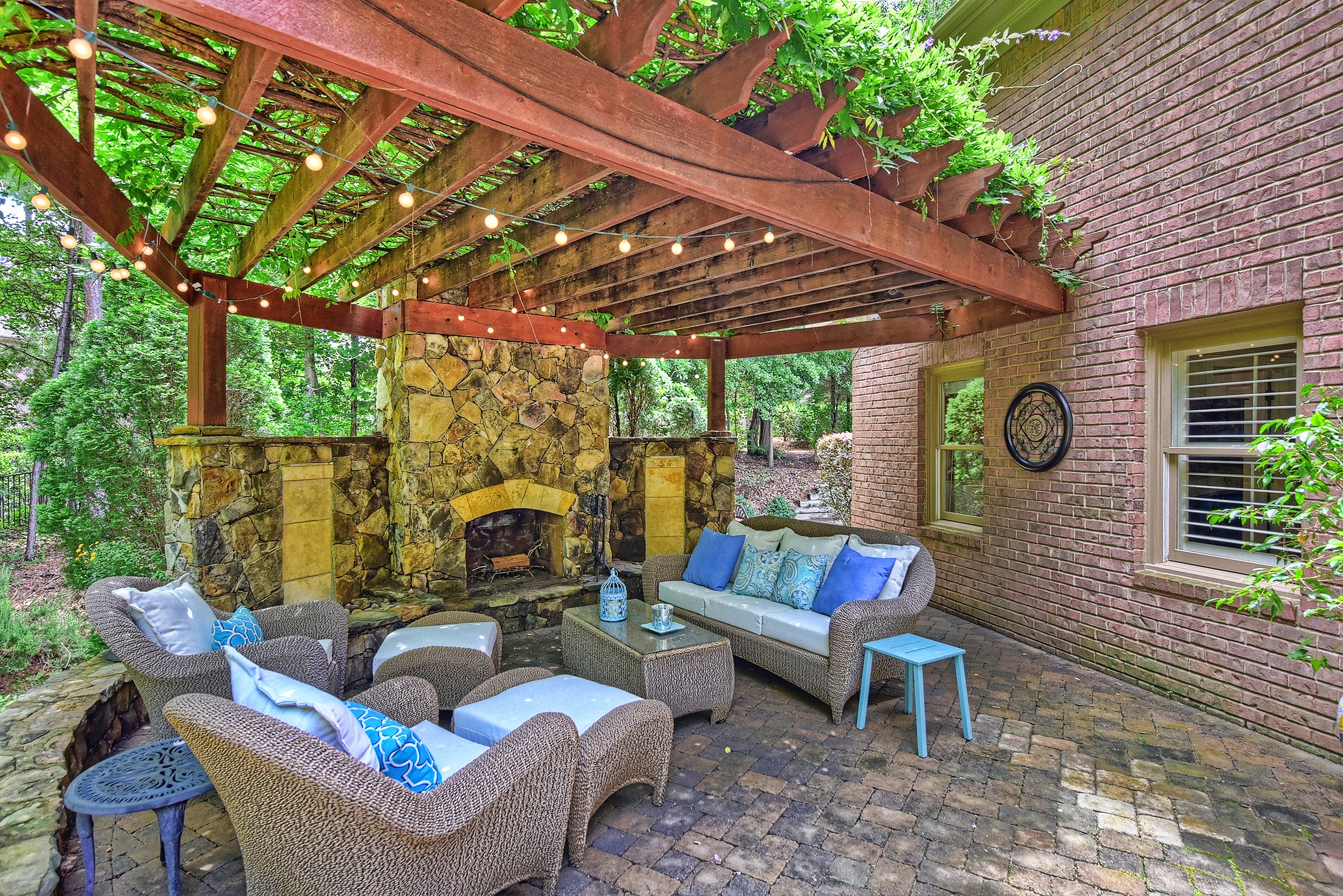 how to create the perfect backyard getaway