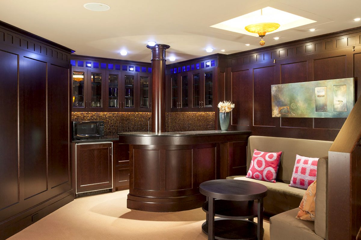 Lounge, bar & movie theatre at 136 Weston Rd in Lincoln, MA