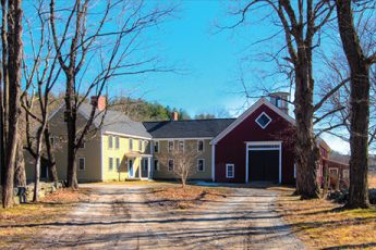 TAYLOR-BURROUGHS FARM Boxborough | $899,000