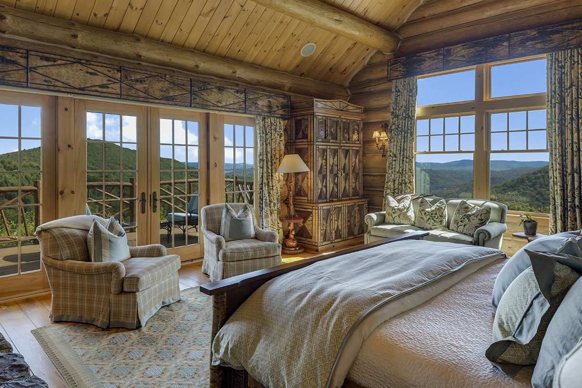 Rustic ski lodge, rustic living, Vermont log home,