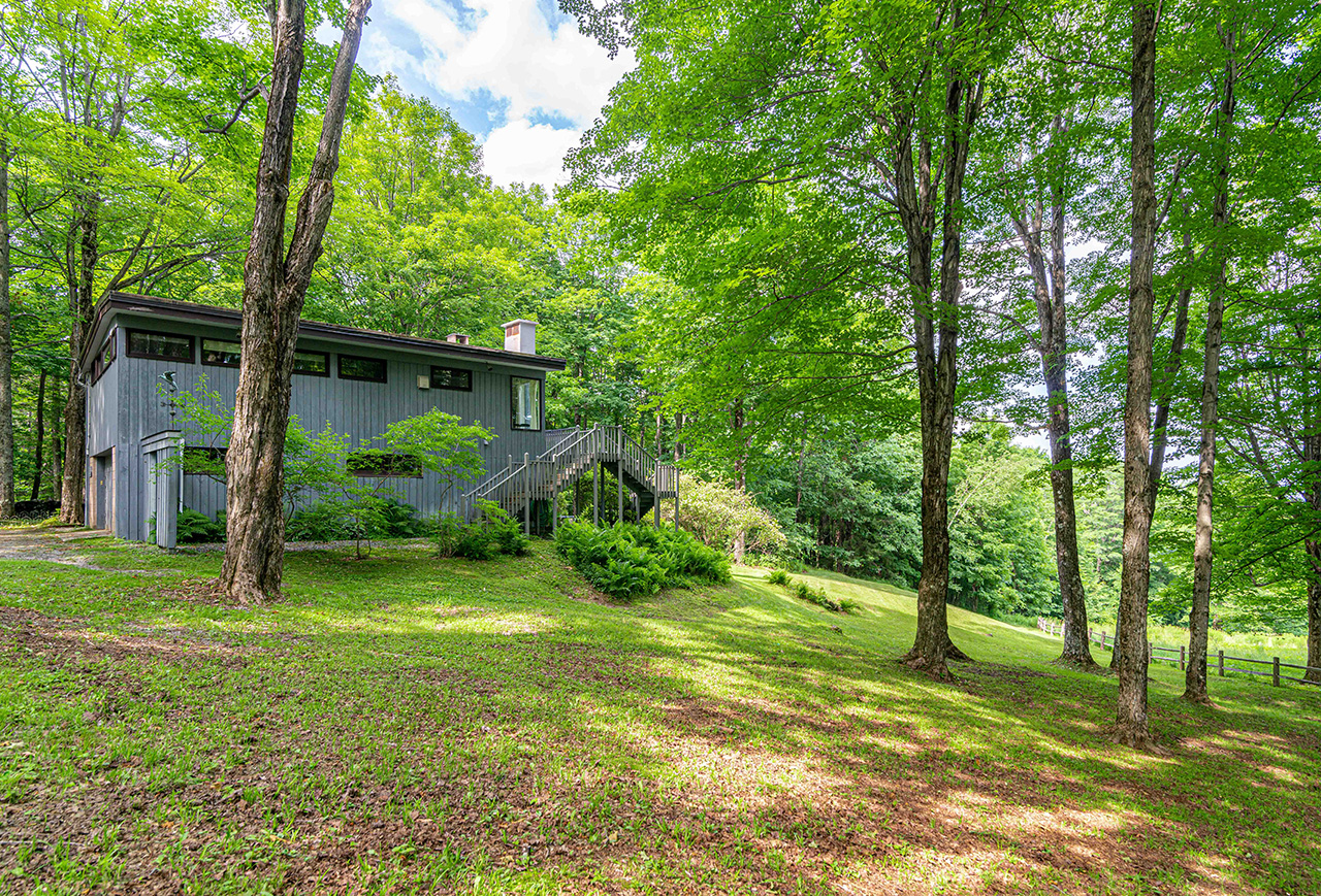 Views For sale by Story Jenks, Dia Jenks and Ruth Kennedy Sudduth