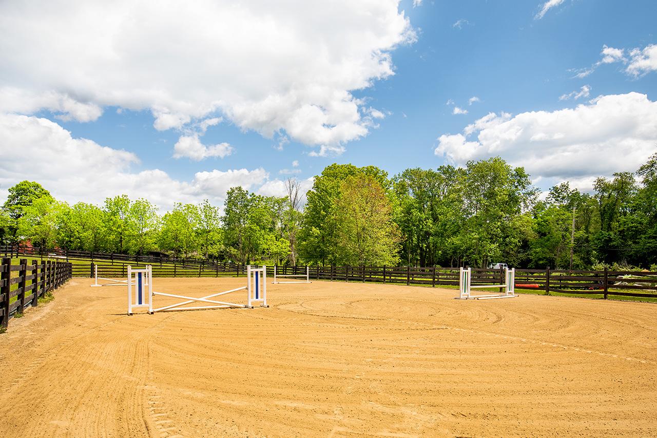 Equestrian Property MA2337_21N