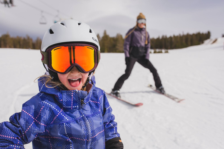 June Mountain kid-friendly Ski Resort Northern California