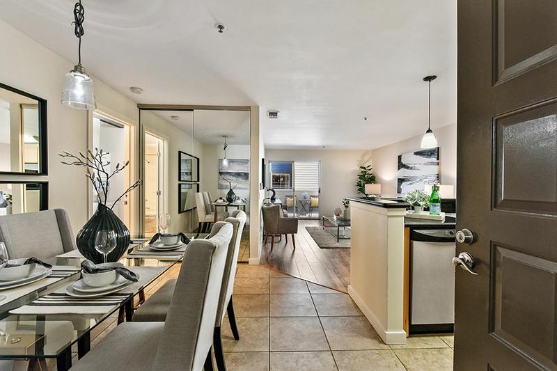 6400 Christie Avenue #4217, Emeryville   Raymond Ho - McGuire Real Estate