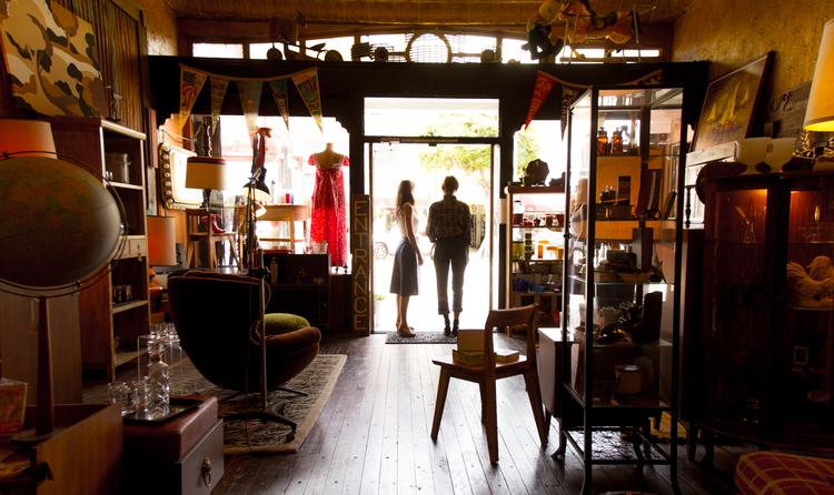 Antique stores in San Francisco Bay Area