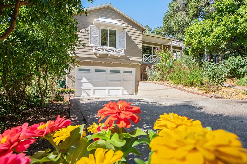 1706 Woodhaven Way, Oakland | Valerie Ruma - McGuire Real Estate