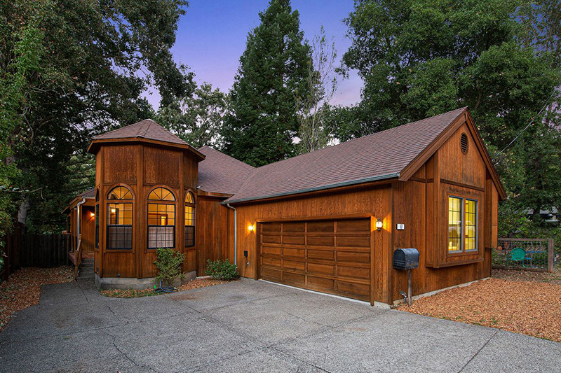 87 Porteous Avenue, Fairfax   Lotte & Sarah - McGuire Real Estate