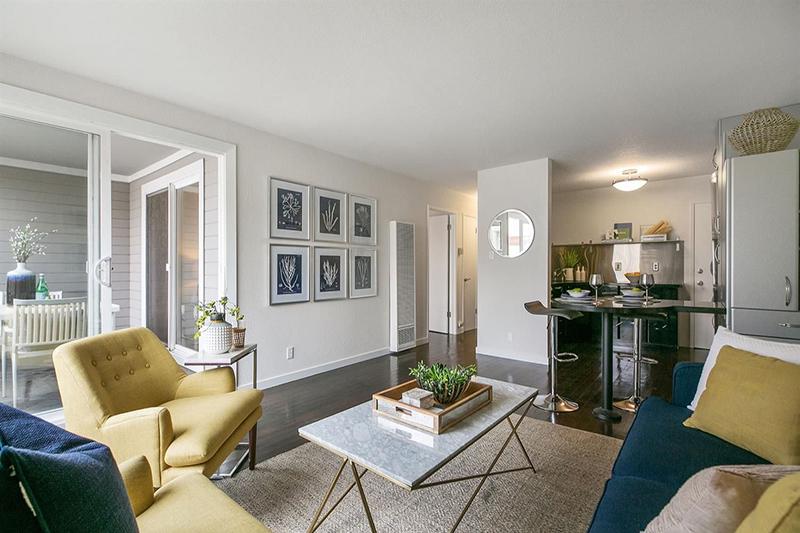 545 Duncan Street #1, San Francisco | Marla Moresi-Valdes & Mia Bravo-Canales - McGuire Real Estate