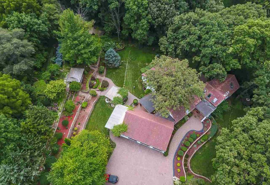 Omaha Homes with Amazing Gardens