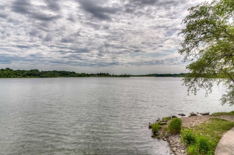 Lake_Zorinsky_Real_Estate_5