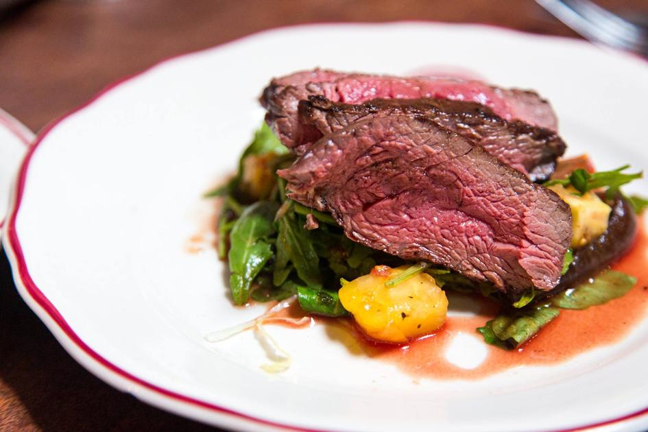 Anthony's-Steakhouse