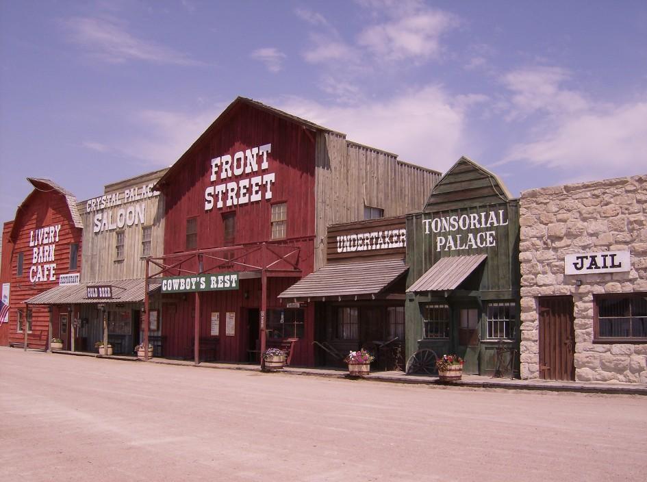 2048px-Front_Street,_Ogallala,_Nebraska,_2007