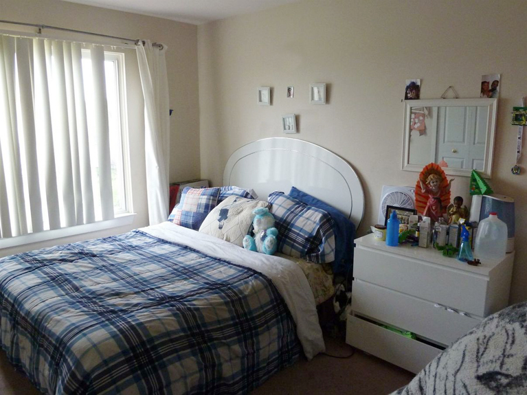 3113 Hawks Avenue-Bedroom