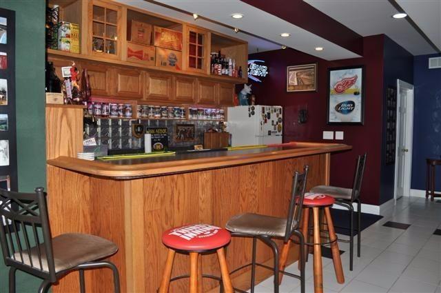 4850 Wright Road - lower level bar