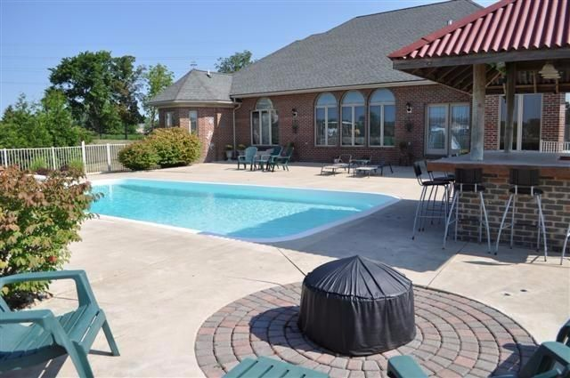 4850 Wright Road - Pool