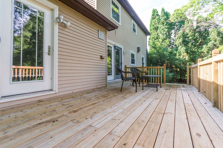 3729 Cloverlawn Ave - Deck