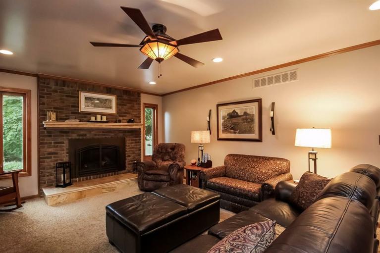 3518 Eastbrook - Fireplace